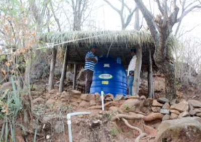 Método de cosecha de agua adaptado a las necesidades de los huertos biointensivos